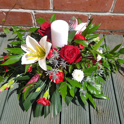 Table Arrangement with Candle