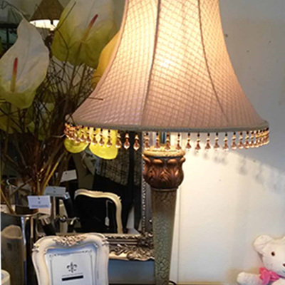 Table Lamp Bordeaux Crackle base with Textured Weave Shade