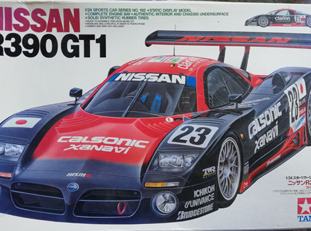Tamiya 1/24 Nissan R390 GT1 Calsonic (TAM24192)