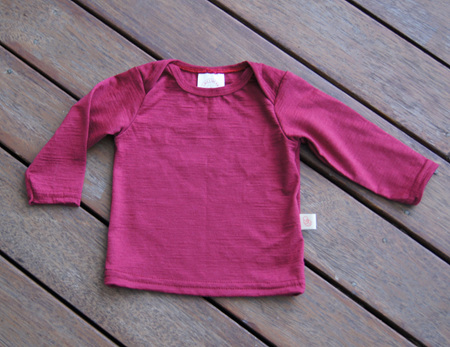 'Taylor' top with long sleeves, 100% Merino,  'Plum',  0-3m