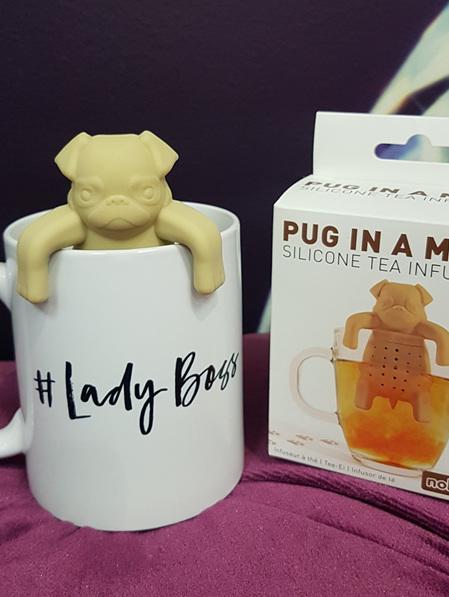 TEA INFUSER PUG IN A MUG