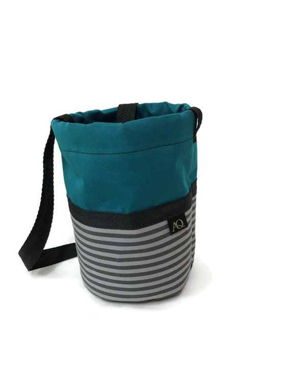 Teal peg bag to hang on the line.  Free shipping
