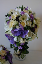 tear drop bouquet