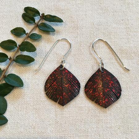 Tear drop earrings with red