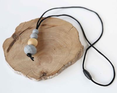 Karekare Teething Necklace