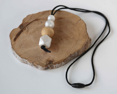Karekare Teething Necklace