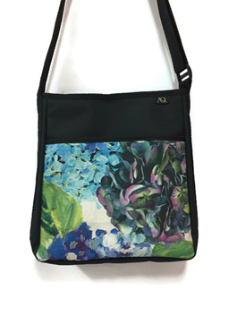 The Brill handbag is a great everyday bag for women, stylish and practical
