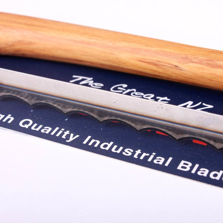 the great nz bread knife - industrial blade