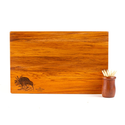 The Great NZ Cheese Board with Engraved Bird