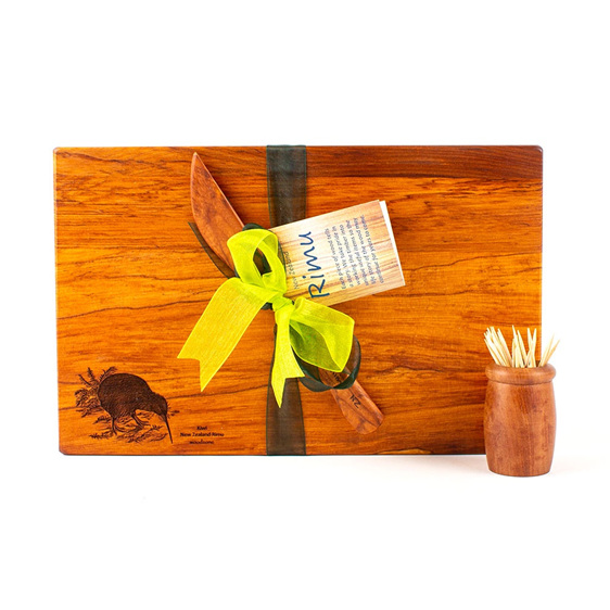 The Great NZ Engraved Board and Knife Set -  Special