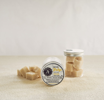 The Sage Apothecary  Sugar Scrub Fudge Vanilla Pod 125ml