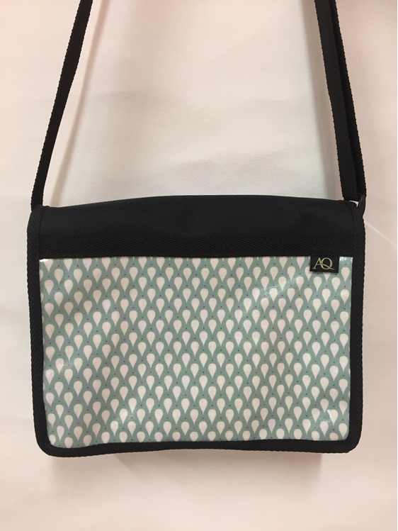 This Kiwa Satchel is a great bag for everyday use.  A pretty raindrop print.