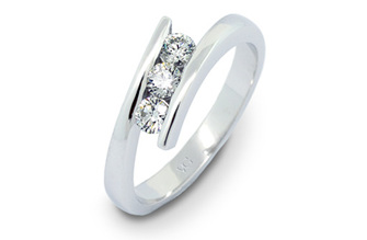 Embrace Trinity Brilliant Diamond Three Stone