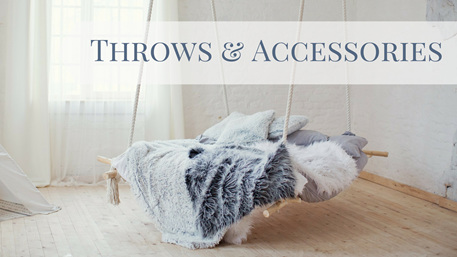 THROWS & ACCESSORIES