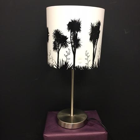 Tī kōuka Lamp - Black Silhouette