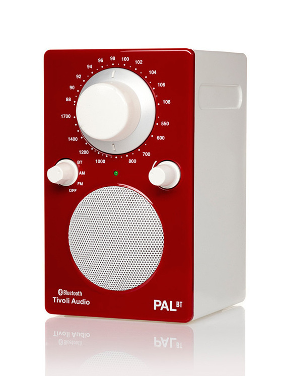Tivoli PAL bluetooth portable radio