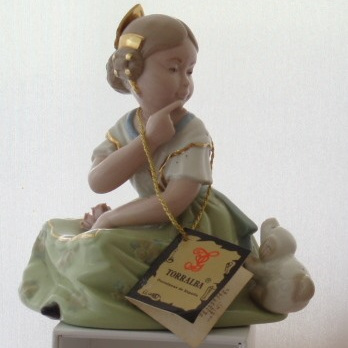 Torralba porcelain figurine Spain