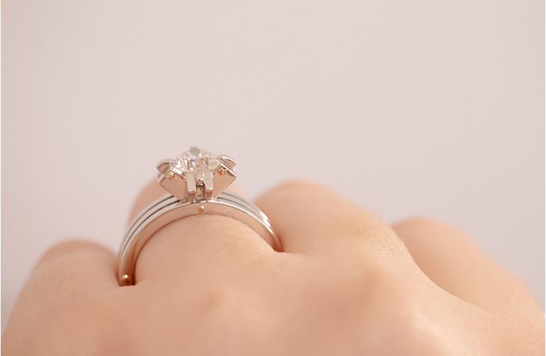 Transformd - Brilliant cut diamond ring