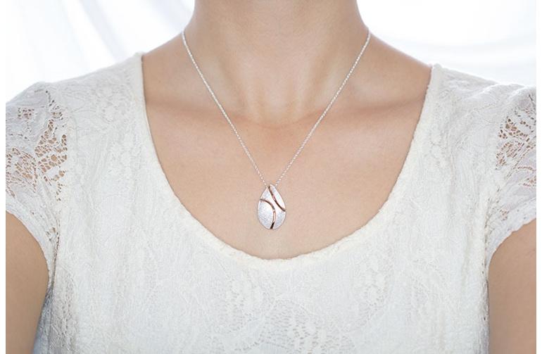Traverse Curve, sterling silver, designer jewellery, pendant, rose gold, Lucence