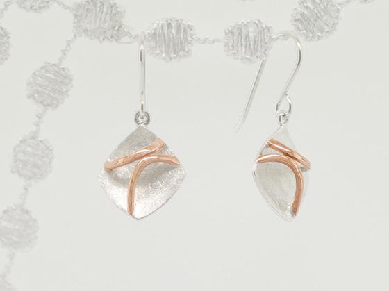 Traverse Plane earrings