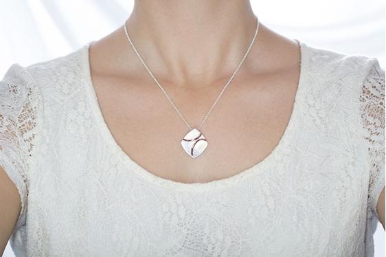 Traverse Plane, sterling silver, designer jewellery, pendant, rose gold, Lucence