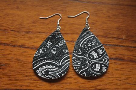 Trendy Faux Leather Drop Earrings Style 3