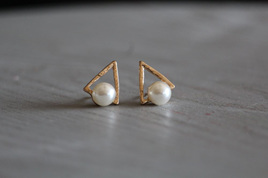 Triangle Imitation Pearl Earrings