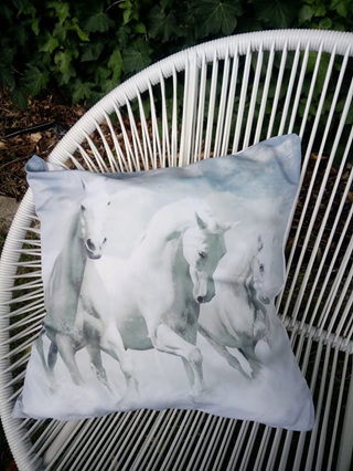Trio White Beauty Horses Cushion Cover