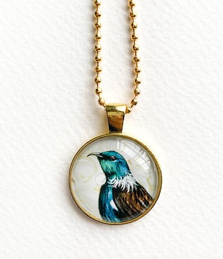 Tui pendant necklace - gold
