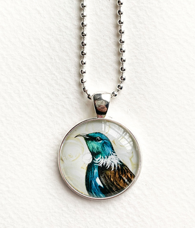 Tui pendant necklace - silver