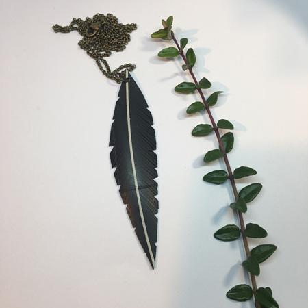 Tumeke Necklace with White Stripe