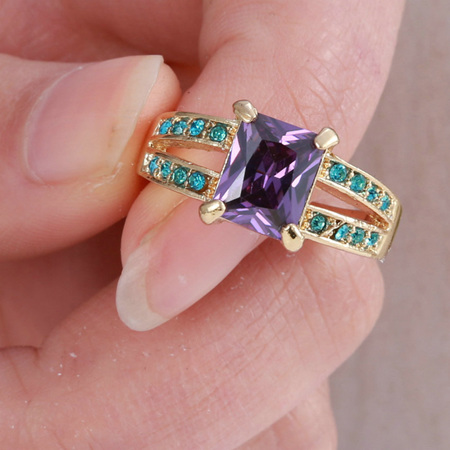 Turquoise & Amethyst Gemstone with Gold Band Ring Size US8 (b379)