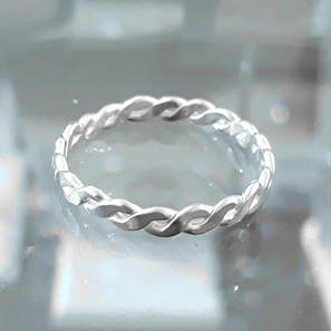Twistie Rings