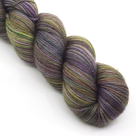 Dk Ultra Merino Purple Sprouting