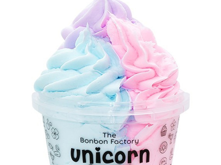 Unicorn Fluff Shave Mousse