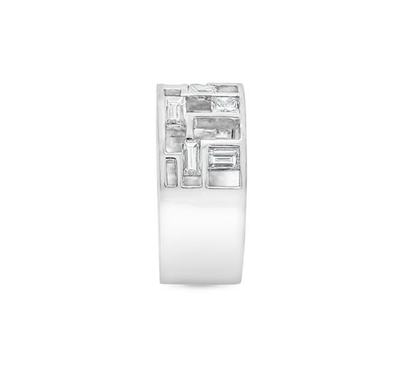 Unique Modern Diamond Ring