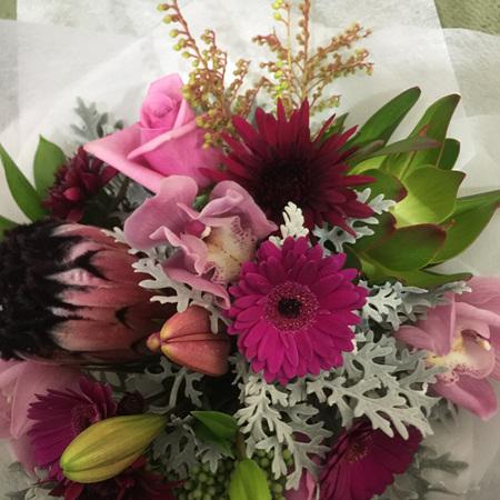 Vibrant Pink Tones Bouquets & Posies