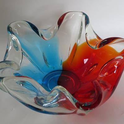 Bold vintage glass bowl