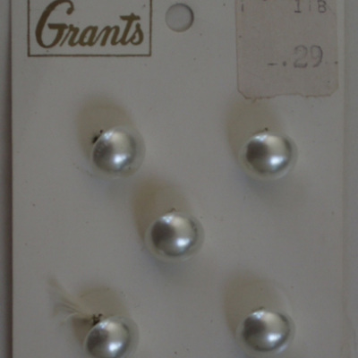 Small pearl shank buttons