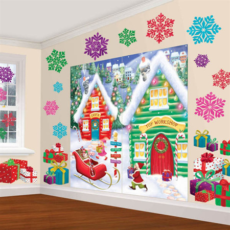 Wall decorating kit - North Pole scene.