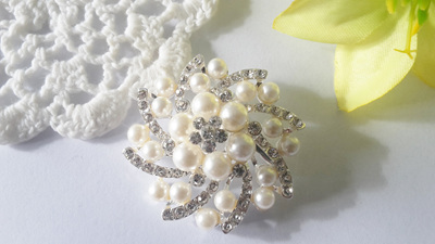 wedding spiral brooch