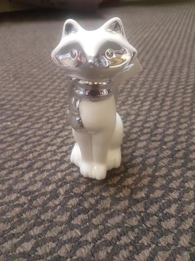 White & silver ceramic fox