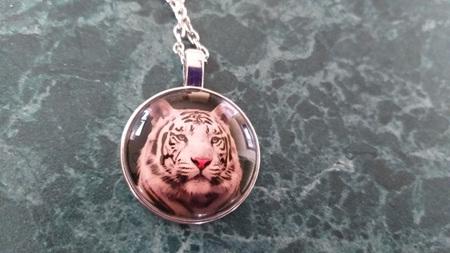 White Tiger Necklace - Silver Chain
