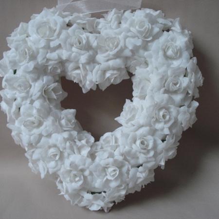 White velvet rose heart 20cm 0632