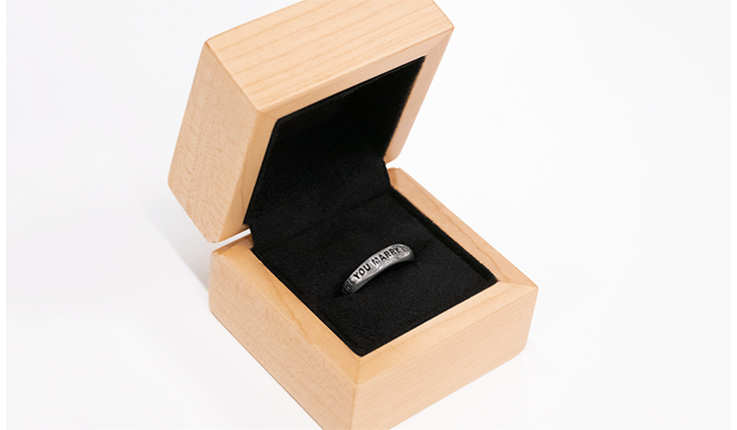 Wilshi Classic Proposal Ring in Natural Handmade Wooden Box