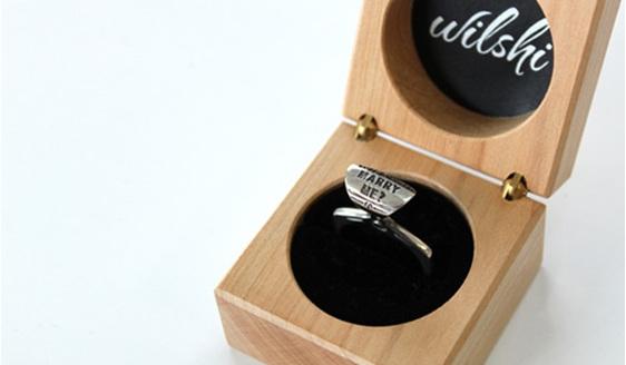 Wilshi Tear Tab Proposal Ring in handmade natural wooden box