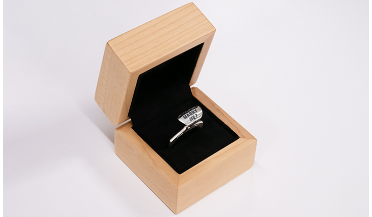 Wilshi Tear Tab Proposal Ring in natural wooden box