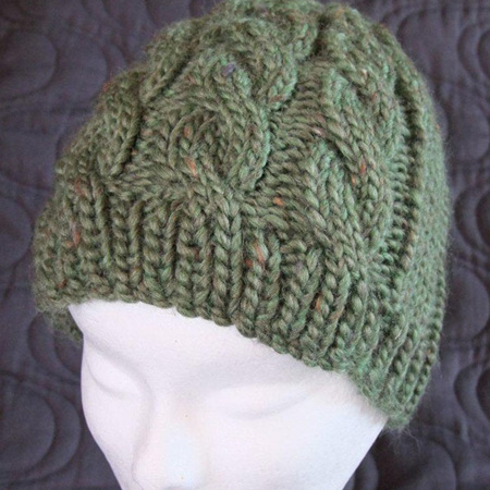 Womans Knitted Cable Hat - Green