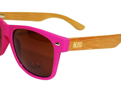 WOODEN SUNNIES PINK  - PLAIN STRIPED ARMS