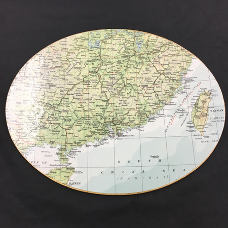 World Map Gold Edge Placemat - Oval
